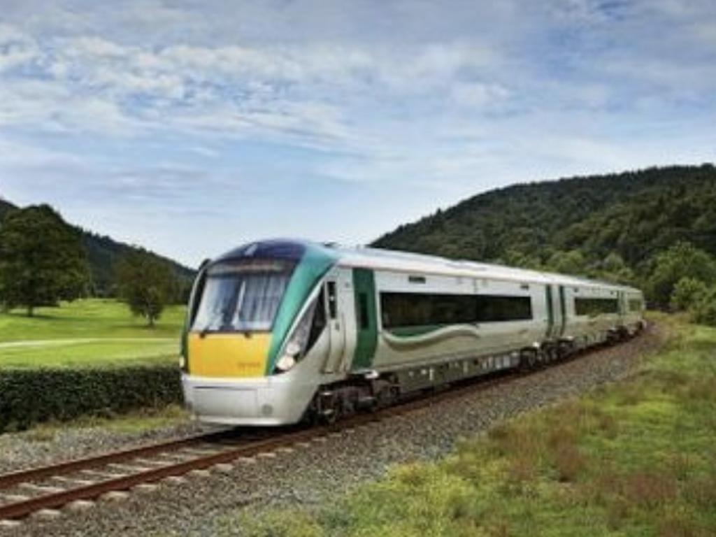 3_An-Irish-Rail-train-stock